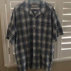 Men's Button Down casual dress shirt